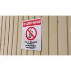 送料無料 プラスティックサインボード L SIZE CA-L04 SECURITY NOTICE 【携帯電話使用禁止】
